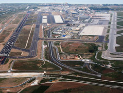 Malaga's second runway ready for use this summer