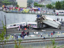 Tragedy as Galicia train derails