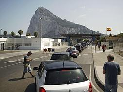 Spain to strengthen border controls
