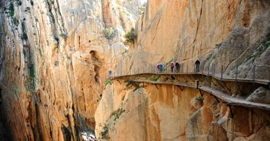 "Residents fed up with ""dangerous'' Caminito del Rey access road"