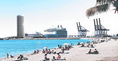 Work on new skyscraper hotel in Malaga port could begin next year
