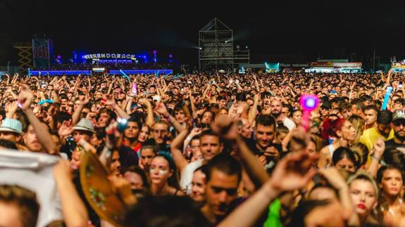 Weekend Beach Festival In Torre Del Mar Postponed Till Next Year Sur In English